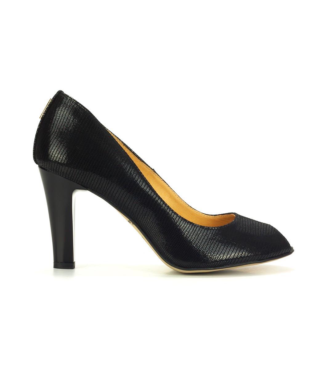 6865a5830f6 Черни дамски кожени обувки с отворени пръсти - 586096 - Fashion ...