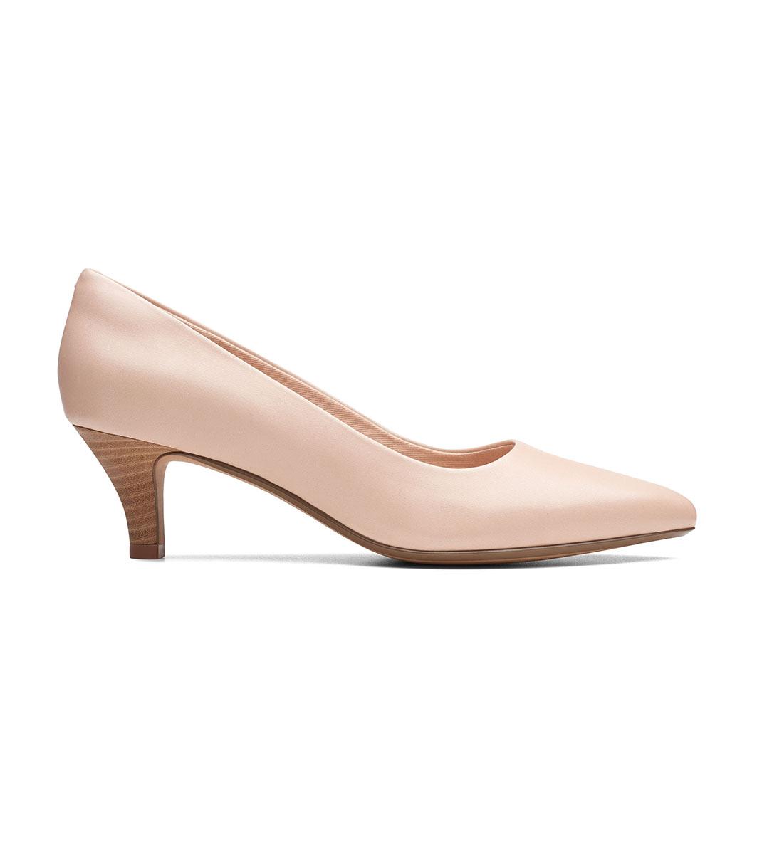 b7b299e15bf Дамски кожени обувки в цвят пудра Linvale Jerica за широко стъпало ...
